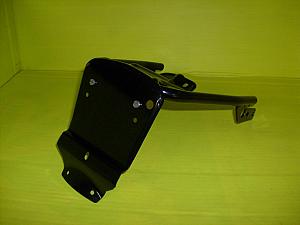 Držák blatníku včetně držáku světla Jawa 634